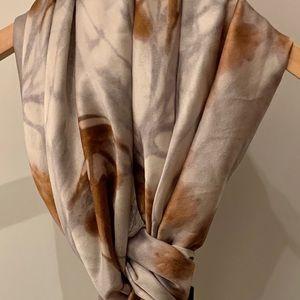 🖤 Brand new Obakki silk scarf, made in Italy